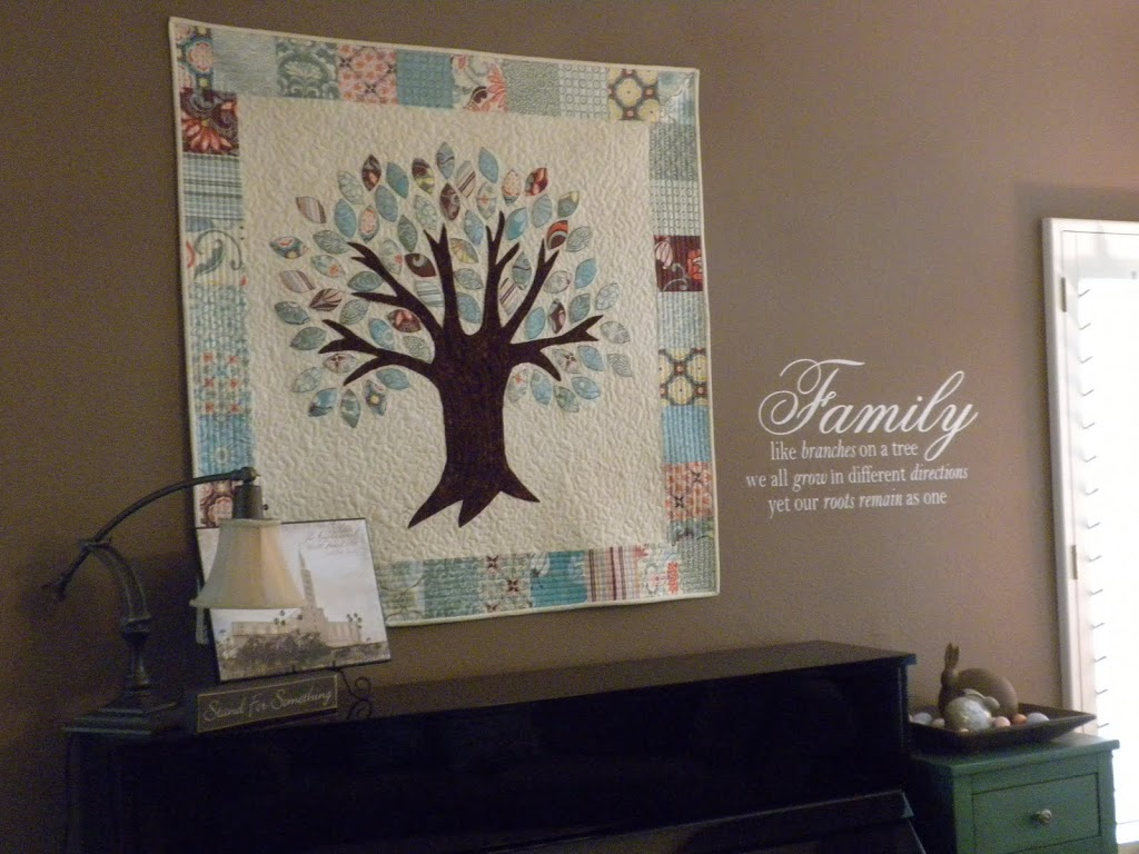 Family Tree Quilt & Vinyl Saying : family quilts - Adamdwight.com
