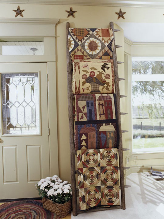 Decorating with Heirlooms – Displaying Collections : ways to display quilts - Adamdwight.com