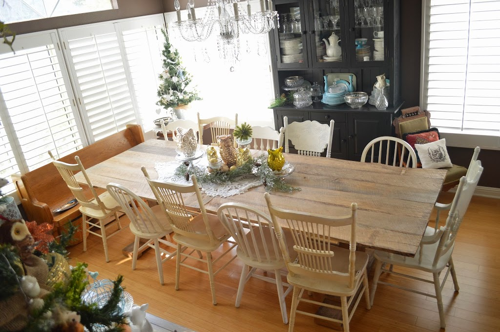 DIY_rustic_barnwood_farm_table_7