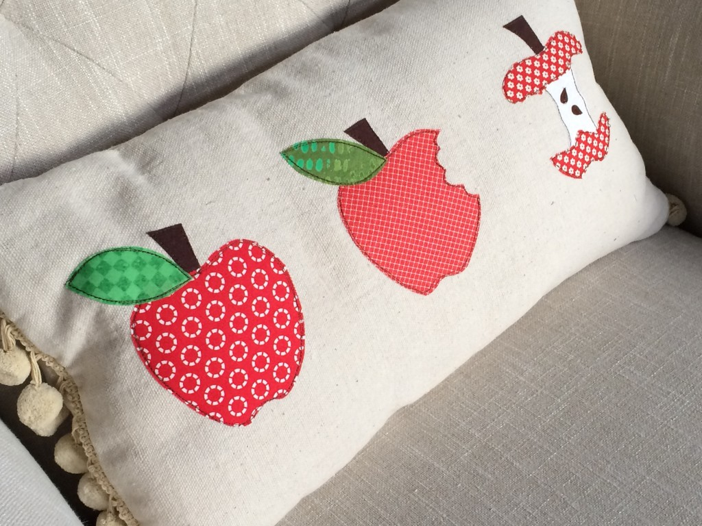 apple_pillow_tutorial_1