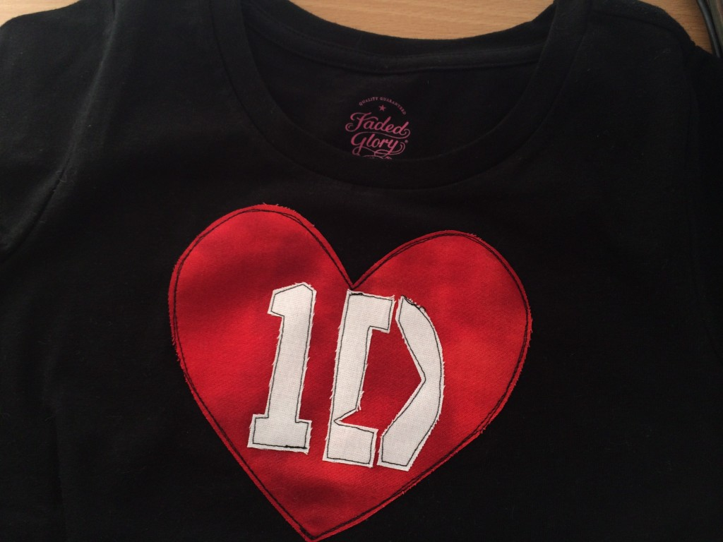 one direction concert t-shirt._3