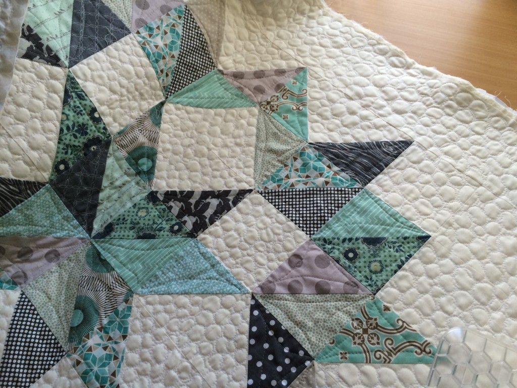 christmas half square triangle quilt 8