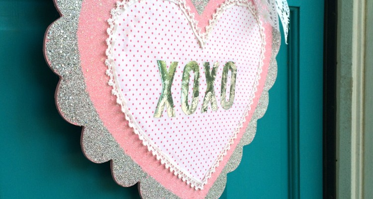 Deco Foil Hanging Heart {DIY project}