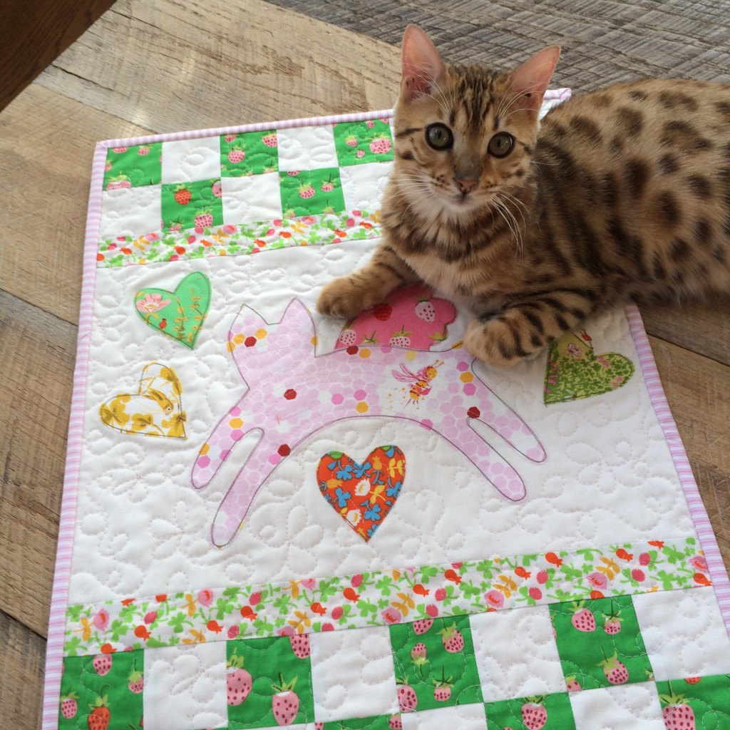mini kitty quilt 3