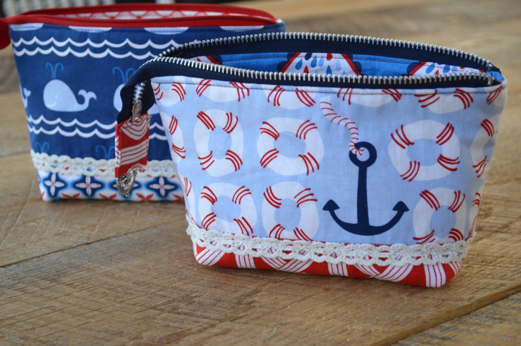 nautical zipper pouch blend