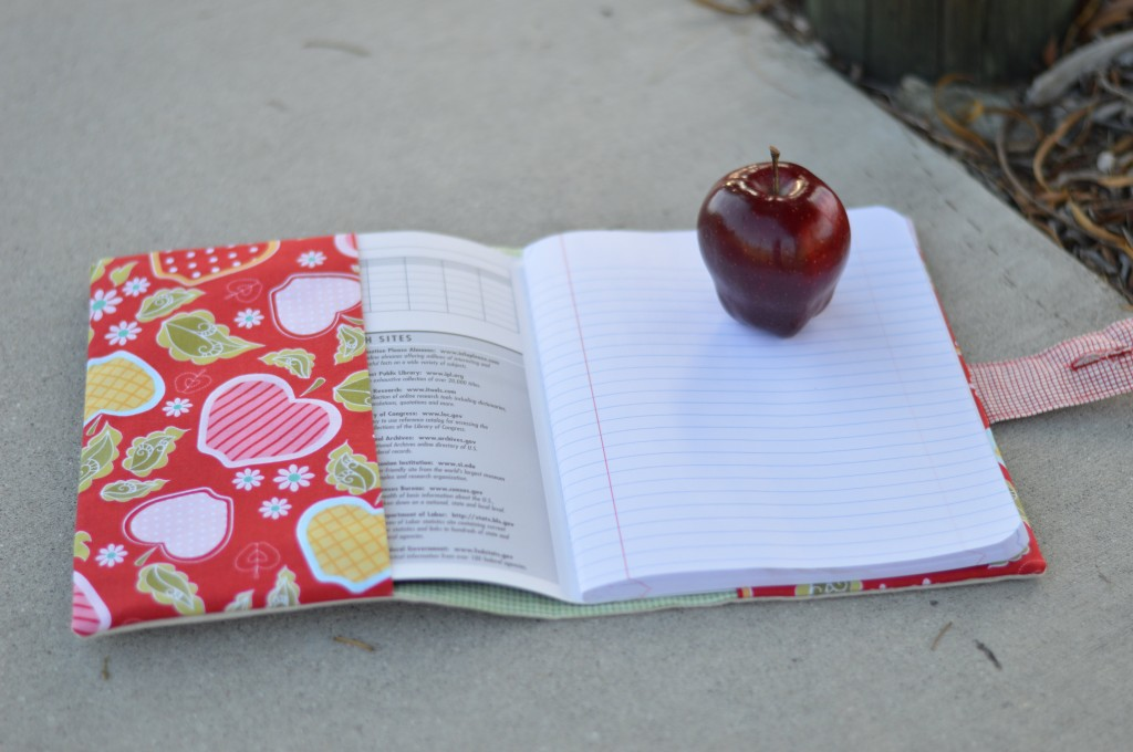 apple applique composition book 2