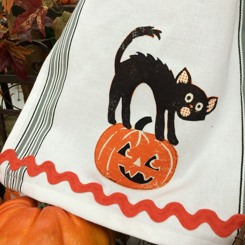 spooktacular applique towel 6
