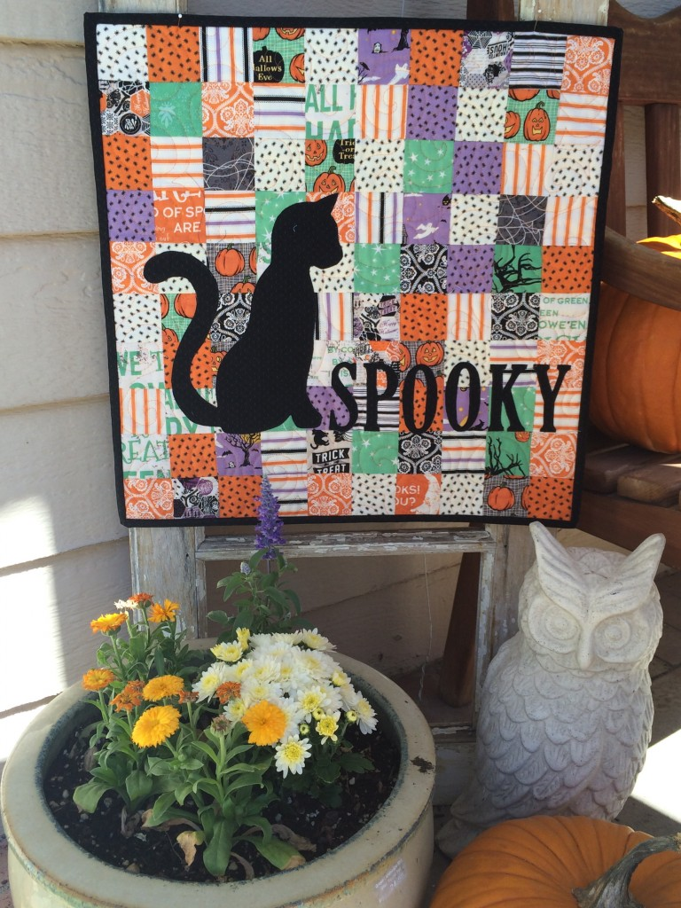 spooky mini quilt 4