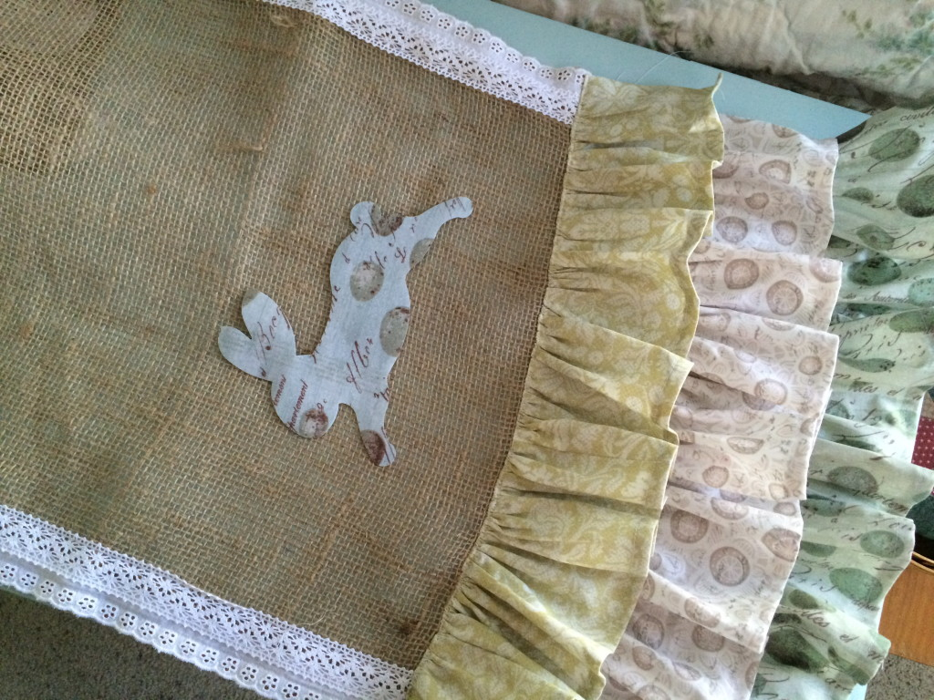 Table Runner: A Cute Rabbit Burlap MIY