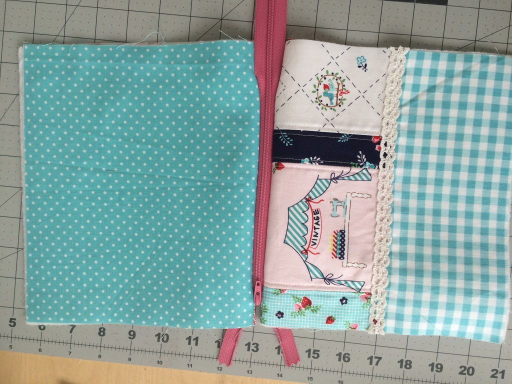 zipper pouch tutorial. 13