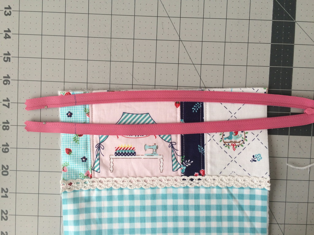 zipper pouch tutorial. 4
