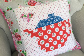 Pretty Playtime Quilts Teapot Block Pillow