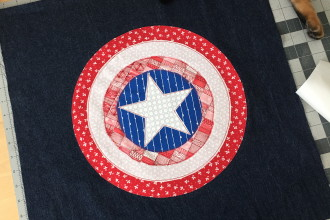 Captain America Throw Pillow Tutorial