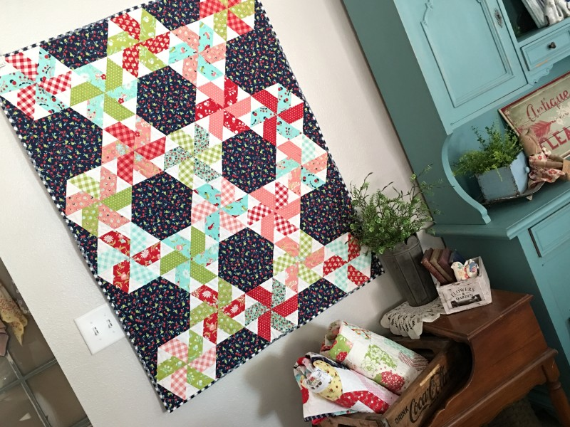 vintage picnic little ruby quilt 11