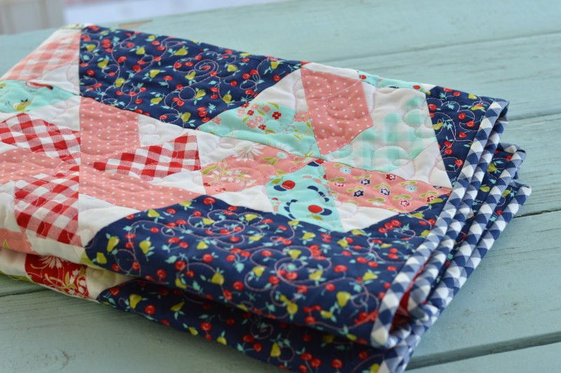 vintage picnic little ruby quilt 3