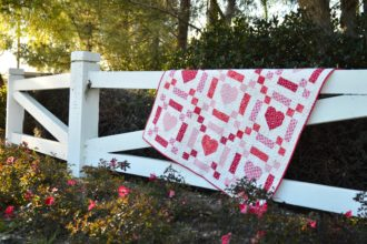 Chains of Love {5 Fat Quarter Fun Quilt}