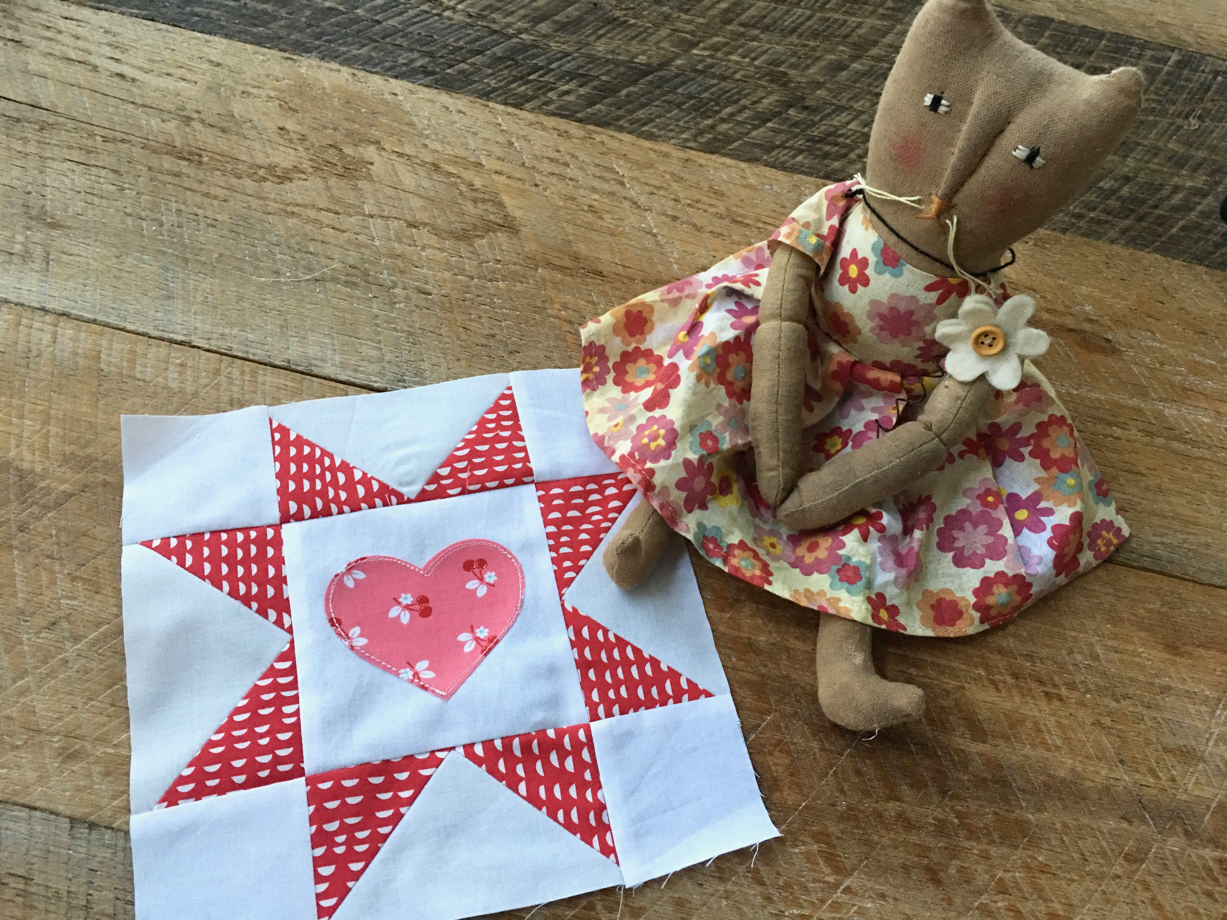 This DIY Sawtooth Star Block is the Perfect Project For Valentine's Day!