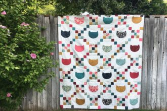 Cats & Scraps {a free quilt pattern}