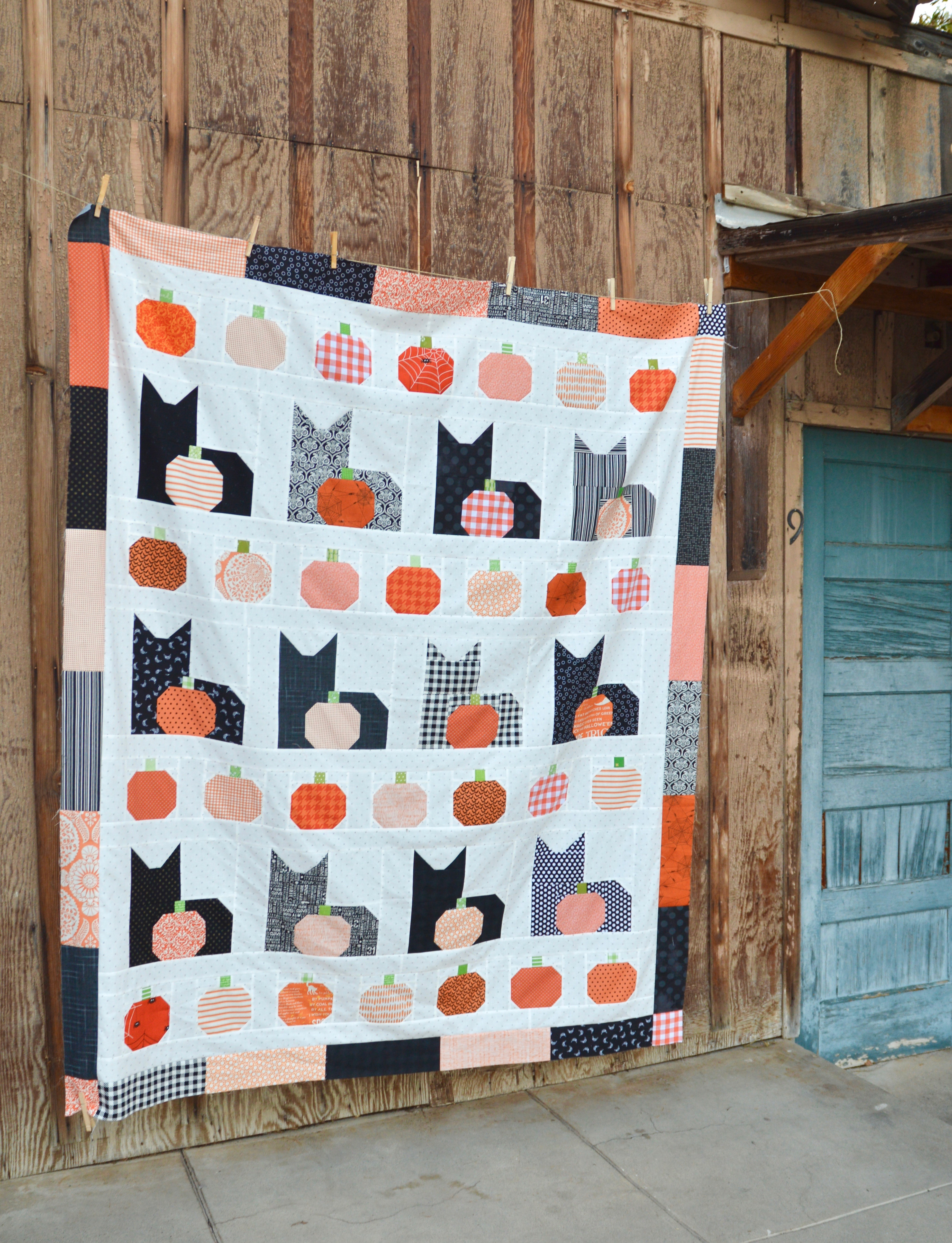 i love cats quilt halloween
