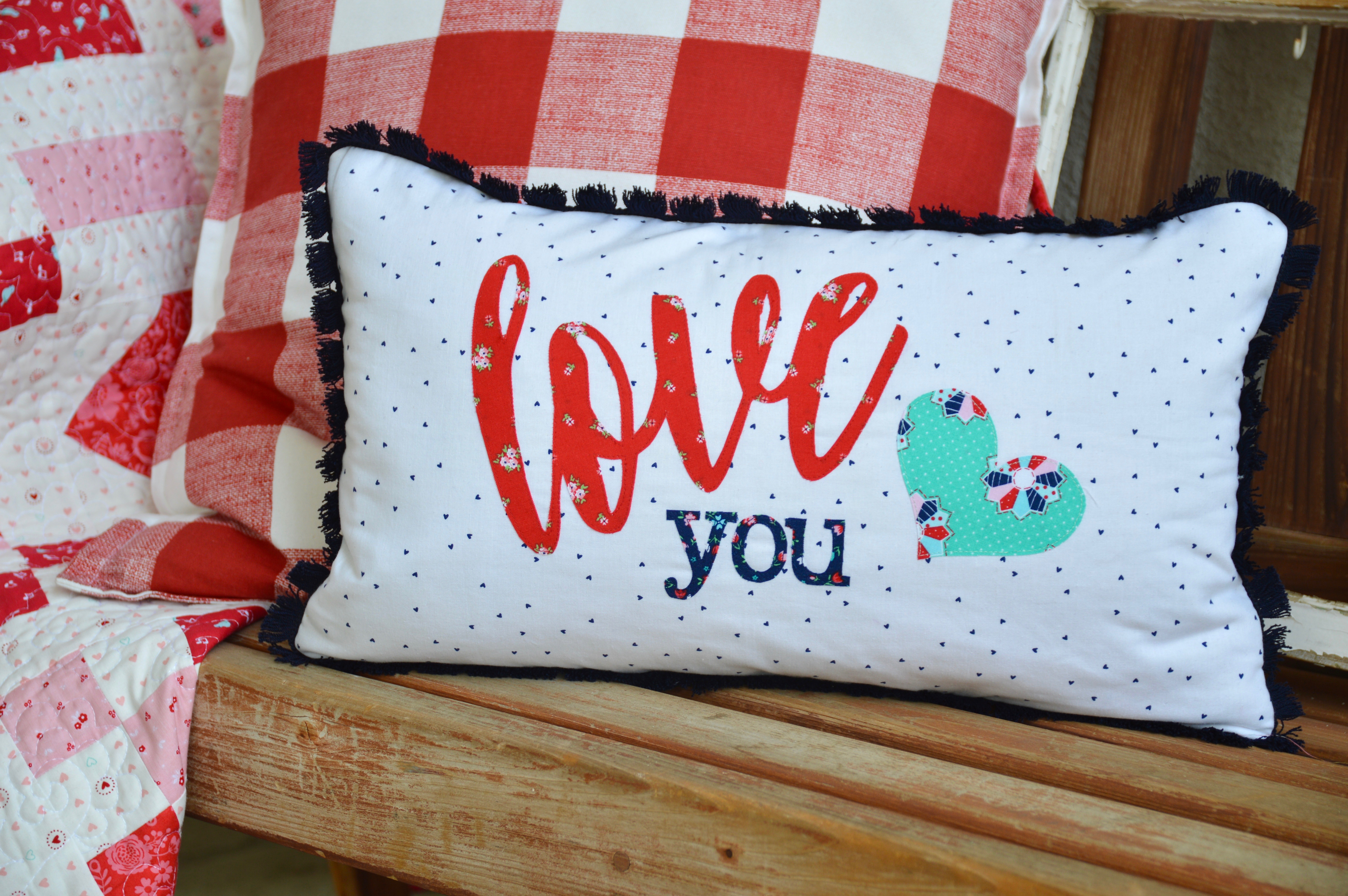 How to applique words {love you pillow}