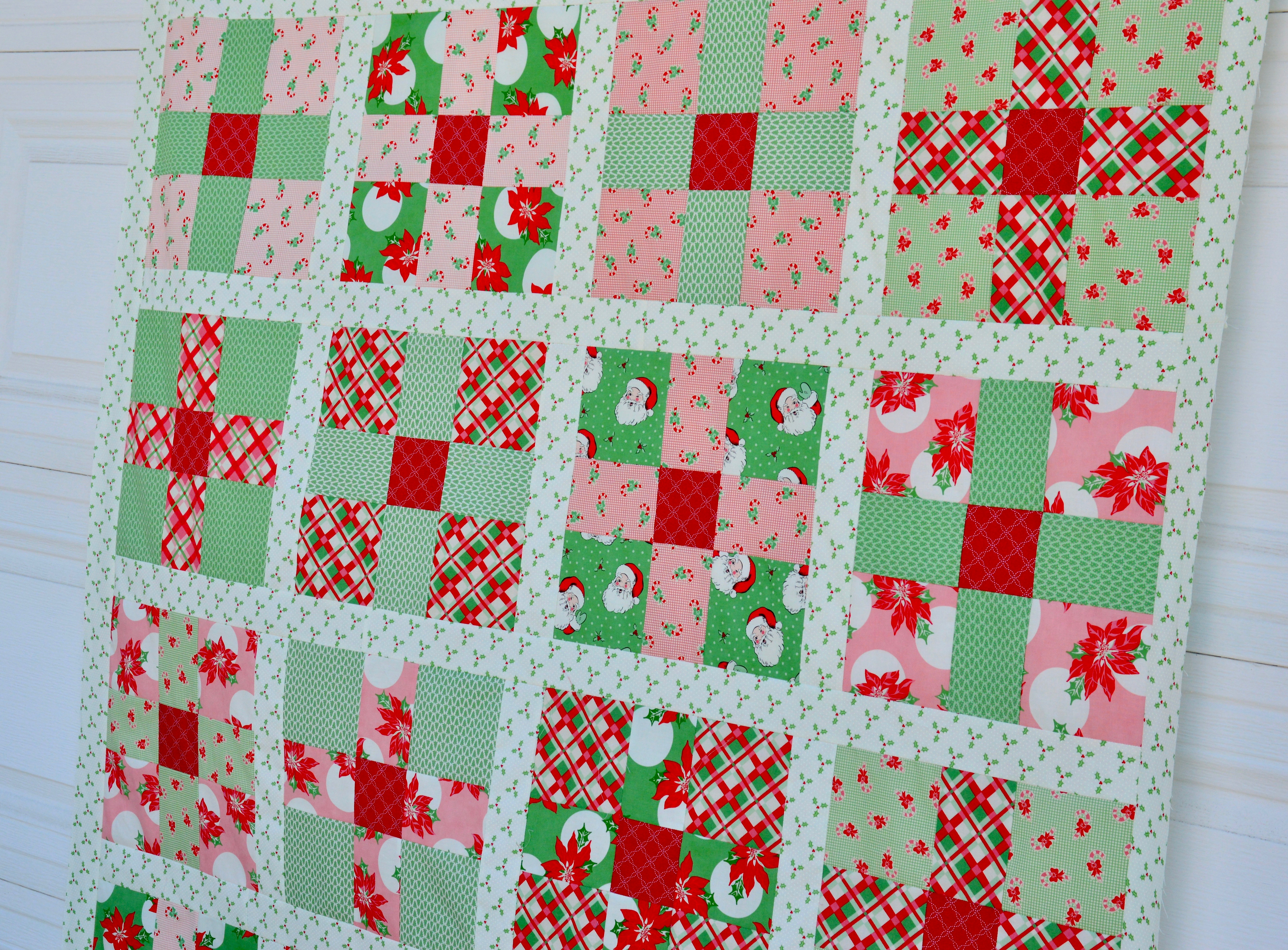Christmas Quilt Patterns.Uneven 9 Patch Quilt Pattern Featuring Swell Christmas