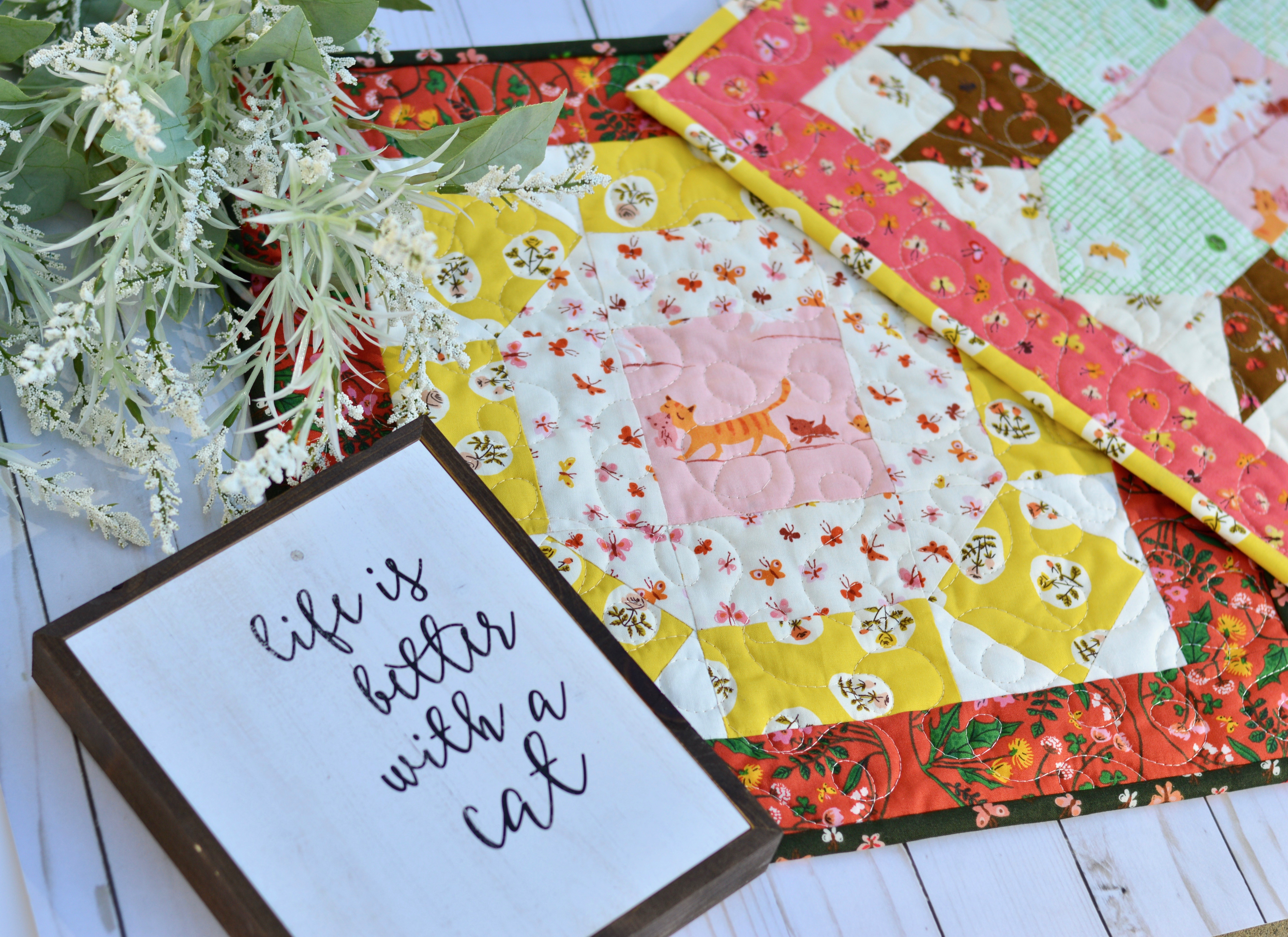http://www.jedicraftgirl.com/wp-content/uploads/2018/10/tiger-lily-cat-quilt-block.jpg