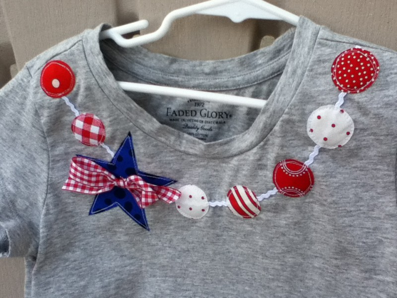Patriotic tee | Memorial day sewing projects | Memorial Day Crafts You Can Make To Show Your Patriotism | Sewing.com